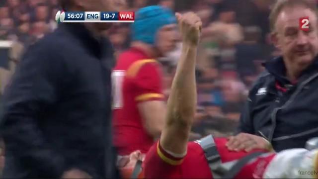 VIDEO. La sortie de Sam Warburton sous les applaudissement de Twickenham, une image forte du 6 Nations