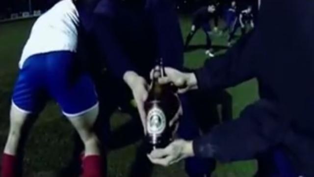 VIDEO. INSOLITE. Le Lokomotiv Zagreb joue au rugby... avec de la bière en guise de ballon