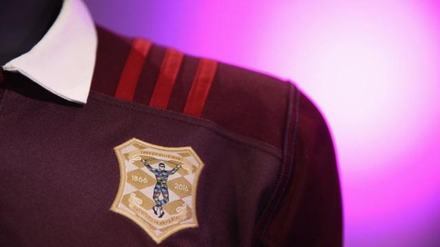 PHOTOS. Le superbe nouveau maillot rétro des Harlequins pour les 150 ans du club