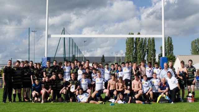 VIDEO. L'amitié plus forte que la rivalité franco-anglaise avec le jumelage du Parisis Rugby Club et de Frampton Cotterell