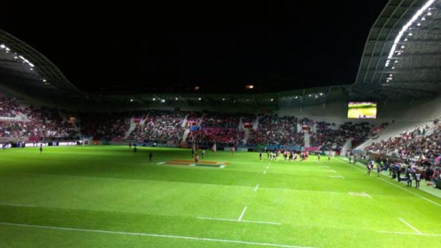 VIDÉO. Stade Français - Toulon. Le RCT décroche sa première victoire de la saison... dans le noir