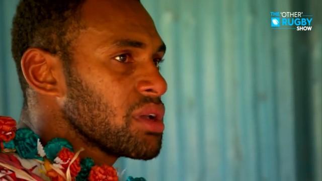 VIDEO. Le retour au pays plein d'émotions de Semi Kunatani après le titre olympique