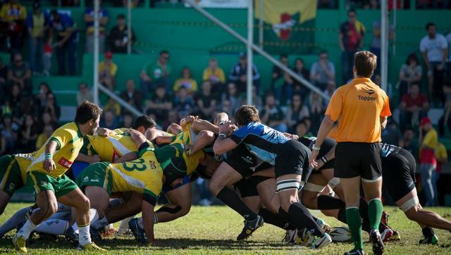 Le rugby grandit au pays du football avec l'aide d'un Français, Kévin Chevalier