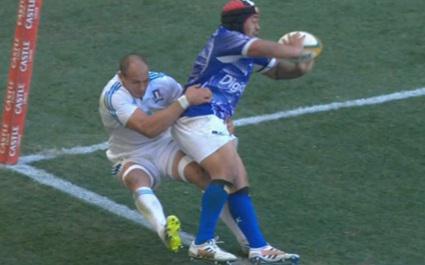 VIDEO. Ole Avei toujours aussi bon et rapide avec les Samoa, qui battent l'Italie