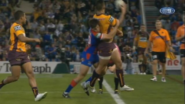 VIDEO. Rugby à 13 - Les Broncos enchaînent les passes géniales pour corriger les Knights en NRL