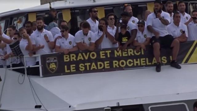 VIDEO. Les joueurs du Stade Rochelais fêtés dans une ambiance de folie sur le Vieux Port