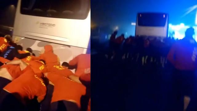VIDEO. INSOLITE. Les joueurs de l'USAP obligés de pousser leur bus en pleine nuit