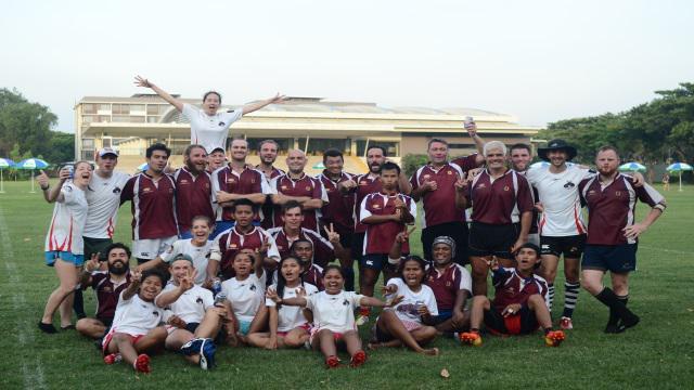 Cambodge - Indochine Cup : partez à la rencontre de Fabien et des Shining Rahus