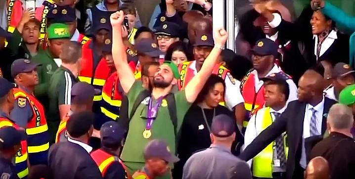 Les Springboks champions du monde accueillis en héros en Afrique du Sud [VIDÉO]