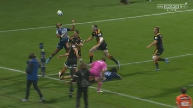 VIDEO. Super Rugby - Lolagi Visinia jongle avec le ballon pour un essai acrobatique face aux Chiefs