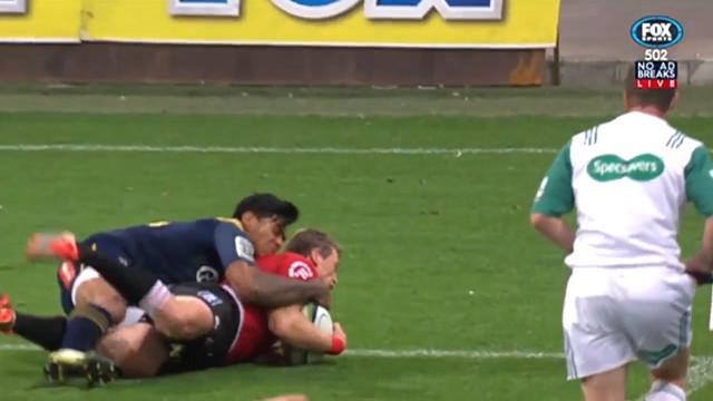 VIDEO. Super Rugby. Le All Black Malakai Fekitoa enchaîne les sauvetages épiques dans son en-but