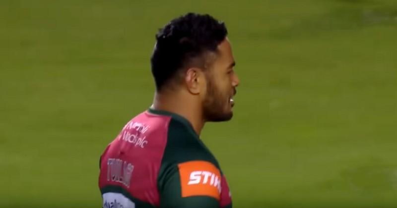 Manu Tuilagi renverse Ben Tameifuna avec un superbe plaquage dans les règles