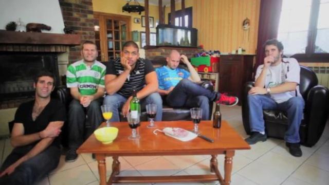 VIDEO. Rugby amateur #42 - Voilà ce qu'il se passe quand un rugbyman mate un match de football avec ses amis