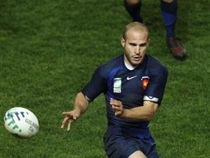 Michalak plante un bel essai contre l'Ecosse à la RWC 2003