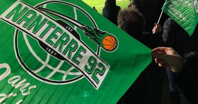 TOP 14 - INSOLITE : face à La Rochelle, la Section Paloise a distribué des drapeaux... de la JSF Nanterre !