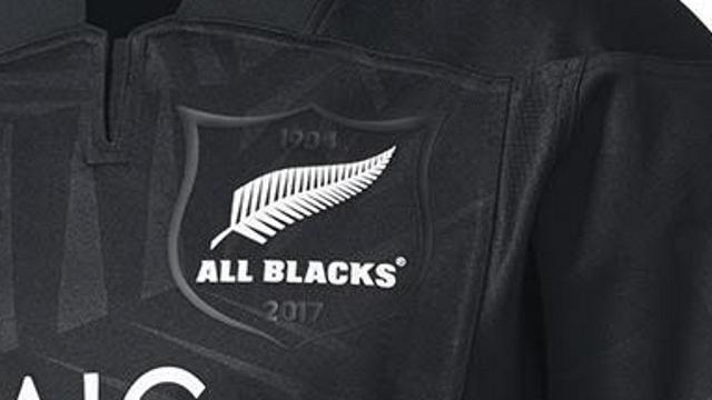PHOTOS. Les All Blacks révèlent leur nouveau maillot pour la tournée des Lions 2017