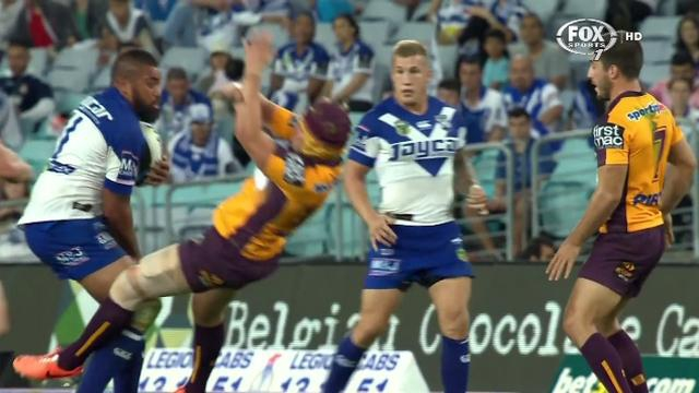 VIDEO. NRL. Frank Pritchard éteint Todd Lowrie avec une charge monstrueuse