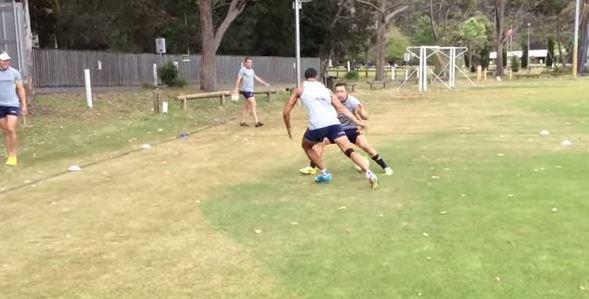 VIDEO. Australie 7s. Pama Fou ridiculise ses coéquipiers avec le geste technique de l'année