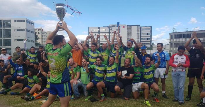 Champion national, match à 3 200m d'altitude et rugby en Équateur : la belle aventure d'un jeune expatrié tricolore