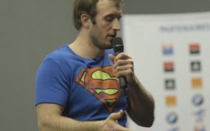 « Quand j'étais superman », le récit poignant d'un ancien dieu du stade
