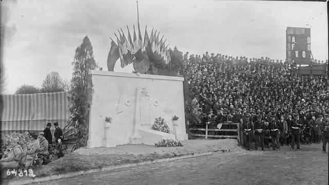 Première Guerre Mondiale, rugby et monuments aux morts