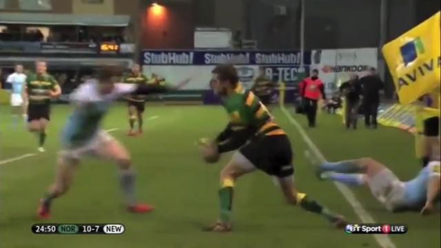 VIDEO. Premiership. Feinte, raffut, feinte...le sang-froid impressionnant de Stephen Myler devant son en-but