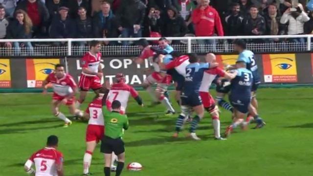 VIDEO. Pro D2 - L'Aviron Bayonnais remporte le derby basque marqué par une jolie bagarre