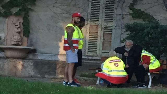 RCT - Quand Quade Cooper vient en aide aux sans domicile fixe de Toulon