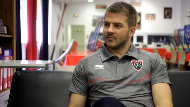 VIDEO. RCT : Drew Mitchell squatte chez Matt Giteau