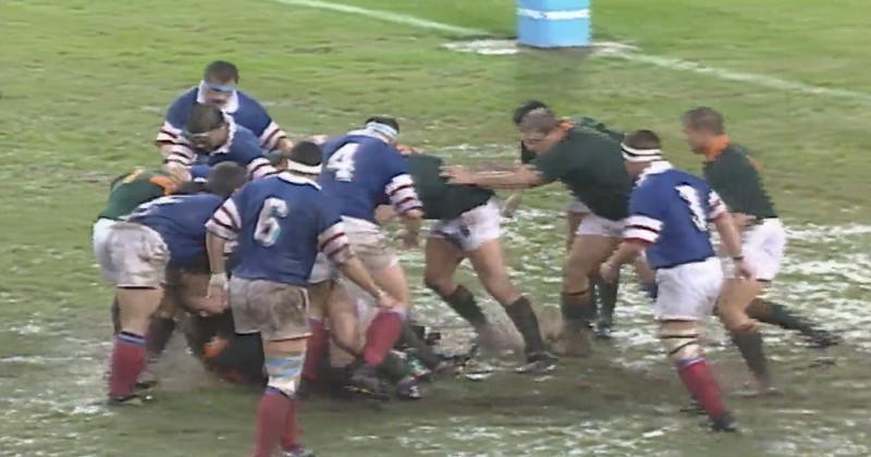 XV de France : Pluie (de dingue) et boue (de ouf) pour la 1/2 de coupe du monde 95 [Archive Vidéo]