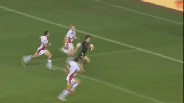 VIDEO. Rugby à 13. Morgan Escaré conclut une magnifique action de 80m pour les Dragons Catalans en Super League