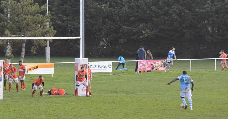 Rugby Amateur : un 2ème-ligne de 140 kilos bute... et rate l'immanquable face aux poteaux [Vidéo]