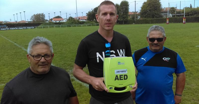 Rugby Amateur : un vétéran sauvé par un défibrillateur offert au club... 30 minutes plus tôt