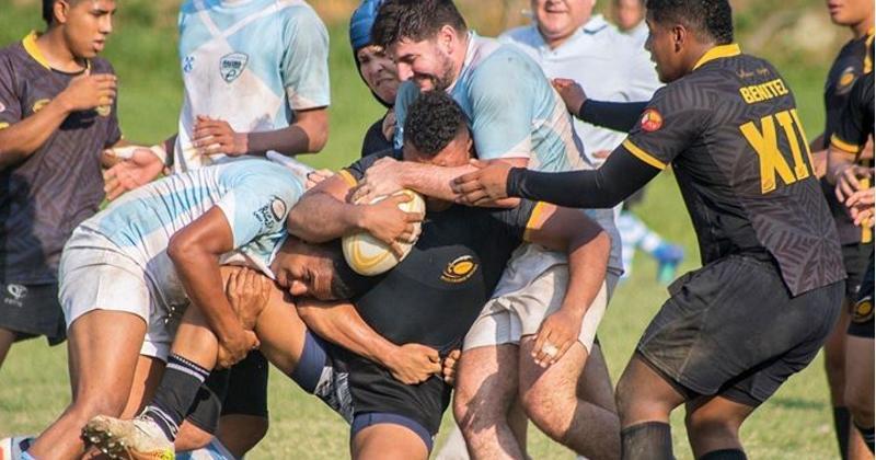 Développer le rugby en aidant les jeunes des quartiers : le beau projet de deux Français en Colombie !