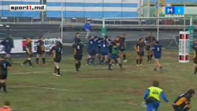 VIDEO. Il n'y a pas que le rugby français pour faire vivre le ballon #1