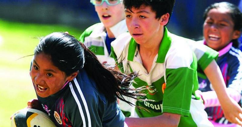 VIDÉO. Prenez la direction de la Bolivie pour le tournoi de Santiago de Machaca, à 4000m d'altitude