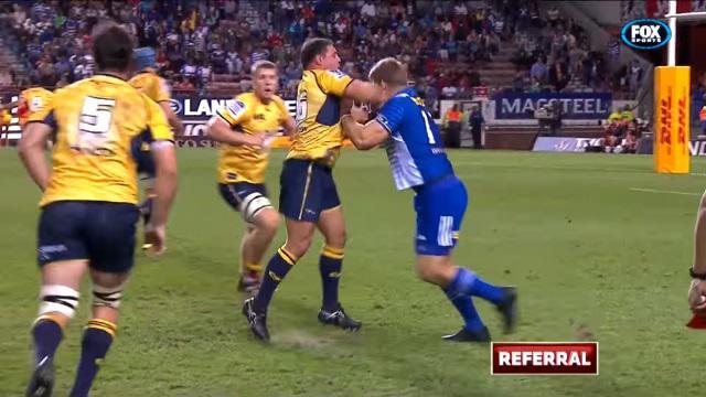 VIDEO. Super Rugby : Josh Mann-Rea voit rouge après plusieurs coups de poing