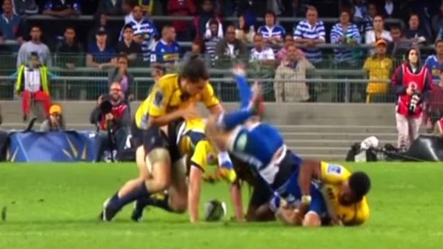 VIDEO. Super Rugby : les Brumbies en 1/2 malgré la prise de catch très dangereuse et l'expulsion d'Henry Speight