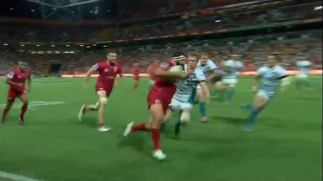 VIDEO. Super Rugby. Le talonneur James Hanson fait le show lors du festival offensif des Reds