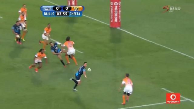 VIDEO. Super Rugby. Jesse Kriel se paye la tête de Willie le Roux avec un coup du sombrero à une main