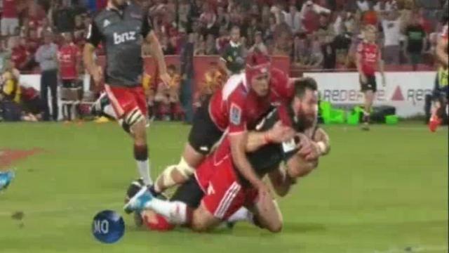VIDEO. Super Rugby - Quand la vidéo pousse l'arbitre à retirer un essai aux Crusaders
