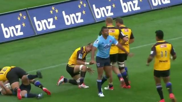 VIDEO. Super Rugby. Ardie Savea bat quatre défenseurs avant de se trouer dans l'en-but