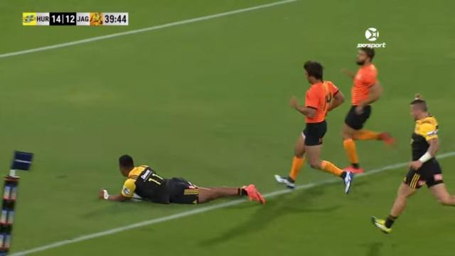 VIDEO. Super Rugby - Hurricanes : le hat-trick de Julian Savea face aux Jaguares