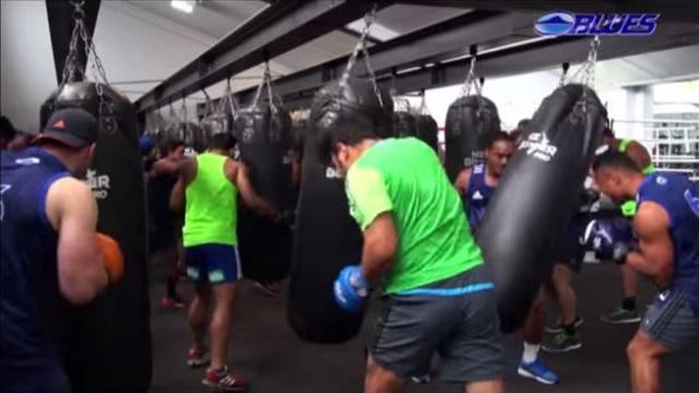 VIDEO. Super Rugby - Les Auckland Blues en mode crossfit avant le début de la saison