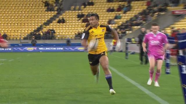 VIDEO. Super Rugby - Les Hurricanes ridiculisent les Chiefs en leur passant six très beaux essais