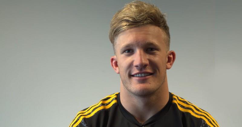 Super Rugby - McKenzie meilleur joueur de la saison, un seul Crusader dans l'équipe type