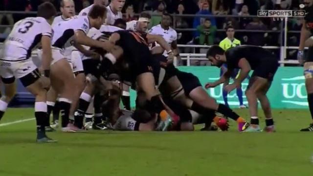 VIDEO. Super Rugby : Leonardo Senatore mord un adversaire et prend 10 semaines de suspension