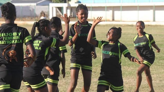 PHOTOS. Terres en Mêlées continue son action à Madagascar avec le 1er tournoi 100% féminin de la Côte Saphir