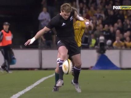 TN 2010 : L'essai de Muliaina contre l'Australie