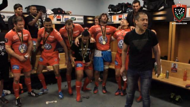 VIDEO. Top 14 - Mourad Boudjellal lance le pilou-pilou dans le vestiaire du Stade de France après la victoire du RCT face à Castres